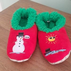NWT Christmas slippers